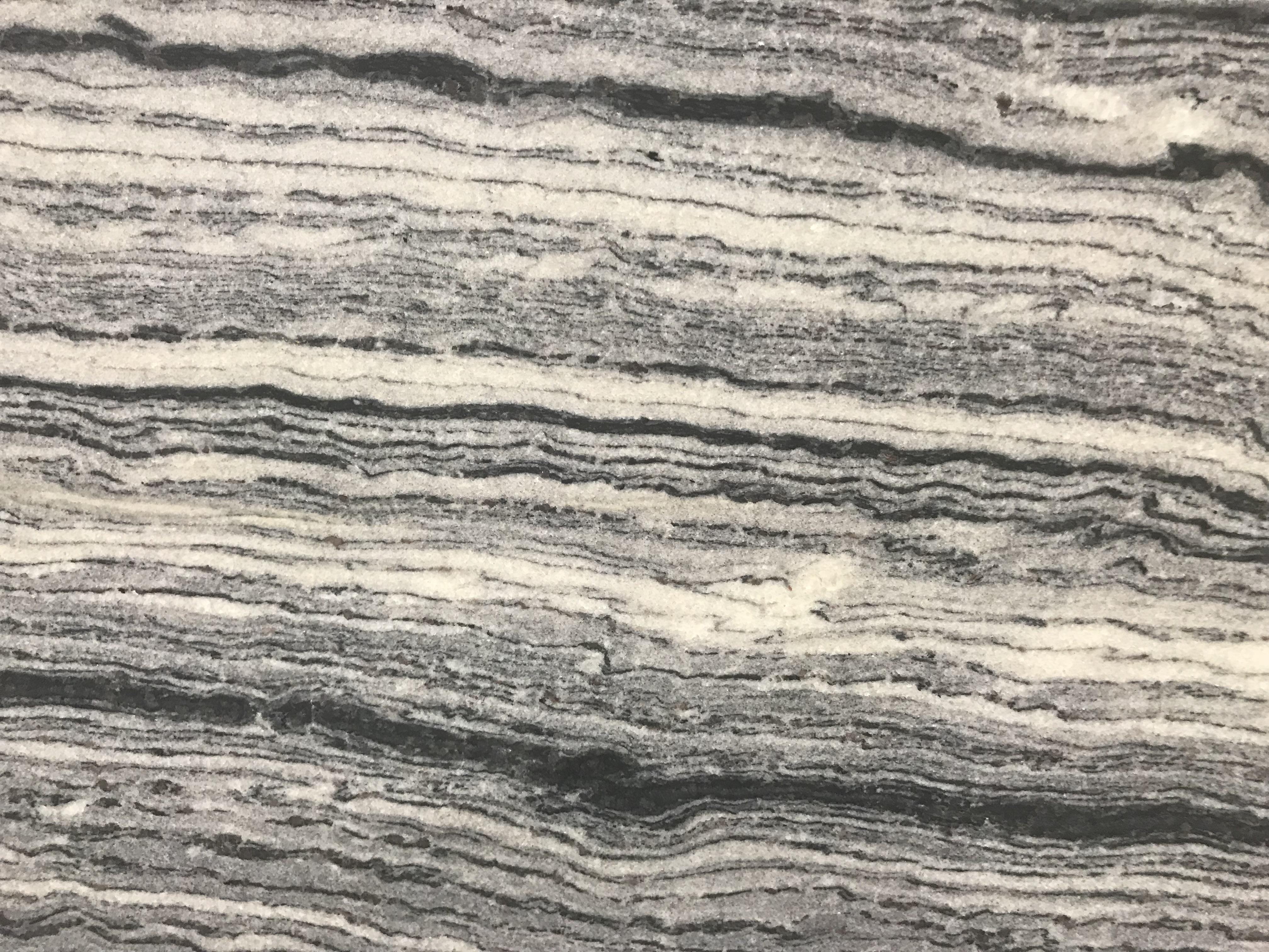 Aqua Black Leather 3cm